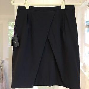 NWT Aritzia Babaton Stretch Wool Skirt